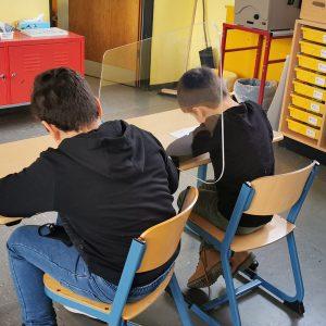 Trennwände Hygieneschutz von CKO für Schulen