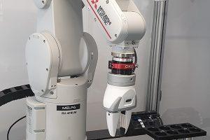 Industrieroboter und kollaborierende Roboter, Sondermaschinenbau CKO
